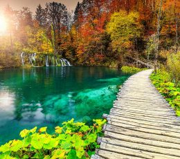 trail-over-plitvice-lakes-guided-tour-from-omis