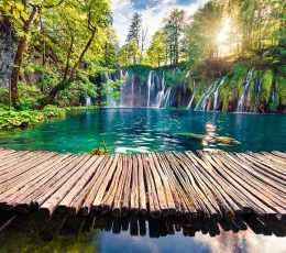 wooden-bridge,-waterfall-and-plitvice-lakes-tour-omis-932