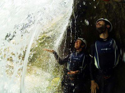 behindthewaterfallomiscanyoning
