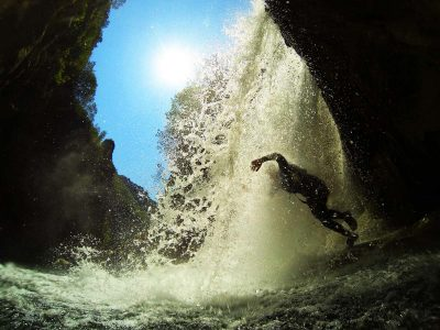 waterfalllakejump-basiccanyoning