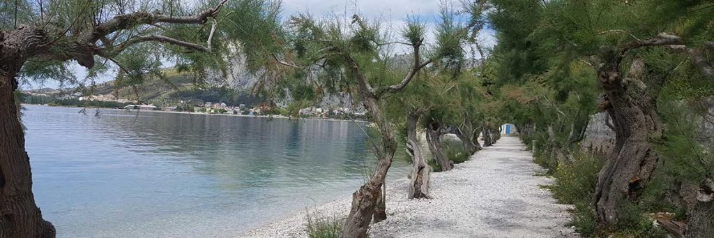 Beaches in Omis and near Omis
