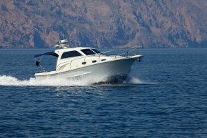 Rent a boat in Omis
