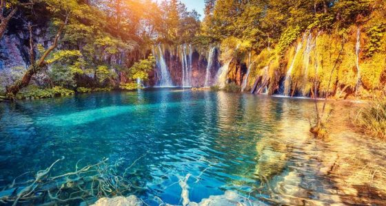 lake-of-plitvice-with-waterfall-plitvicetourfromomis